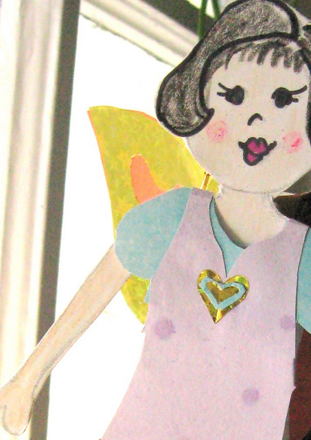 DIY paper doll to color